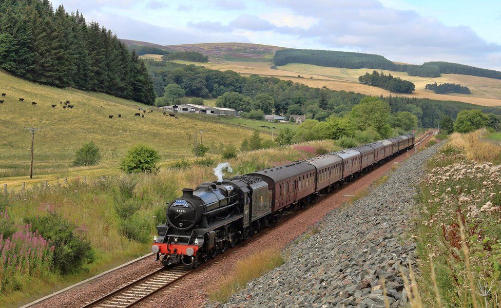 Frank Love from West Calder took this picture just north of Galashiels as the steam train excursion from Linlithgow passed.